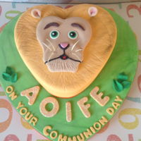 Lion Cake   Carrot coconut and walnut lion face cake