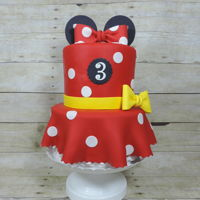Minnie Mouse All edible, fondant, feeds about 35-40