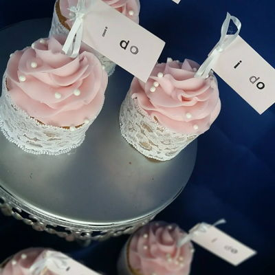 """i Do"" Bridal Shower Cupcakes"