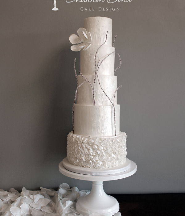 Winter's Love Wedding Cake