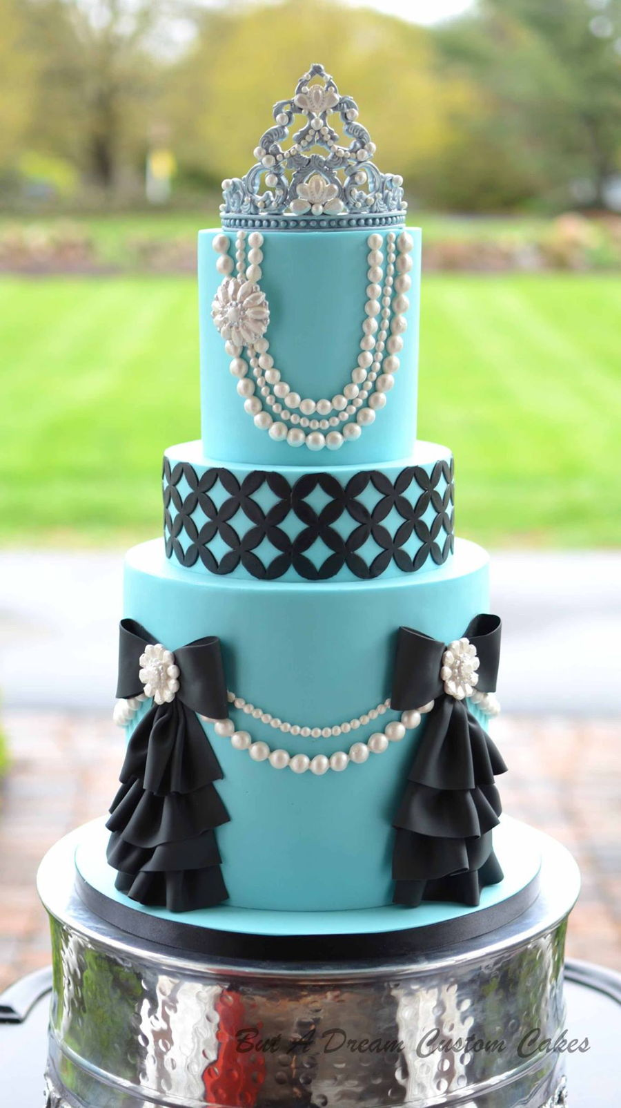 17 Best images about Tiffany Themed Cakes on Pinterest ...  Tiffany Bridal Shower Cakes