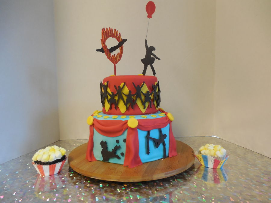 Circus Cake And Cup Cakes CakeCentralcom