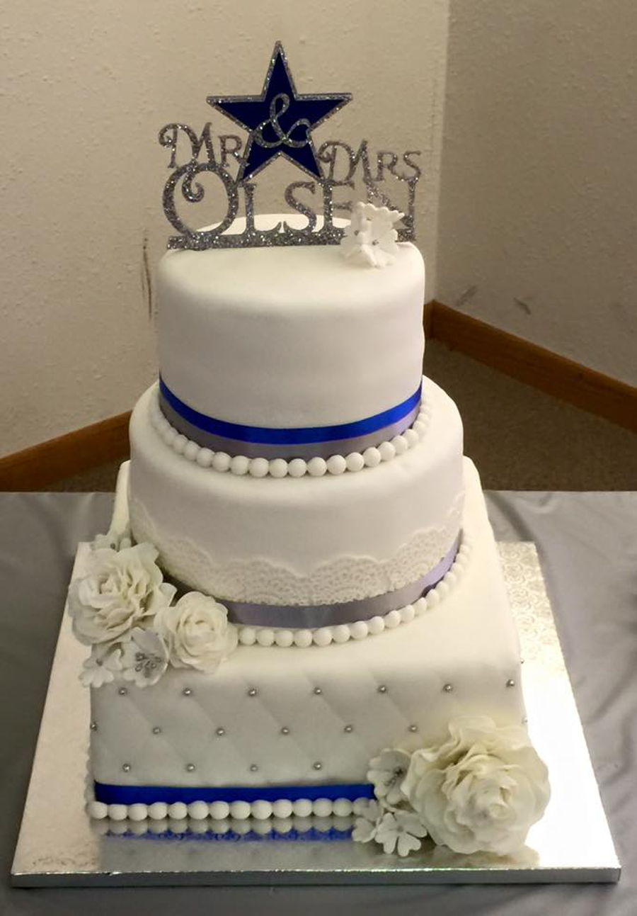 dallas cowboys themed wedding cake dallas cowboy wedding cake cakecentral 13318