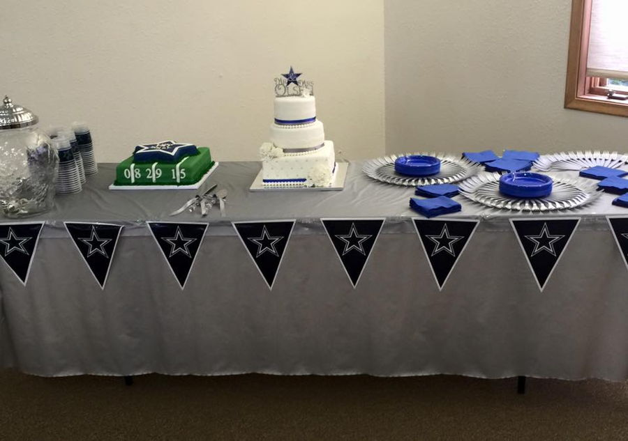 largest wedding cake in dallas dallas cowboy s groom s cake cakecentral 16709
