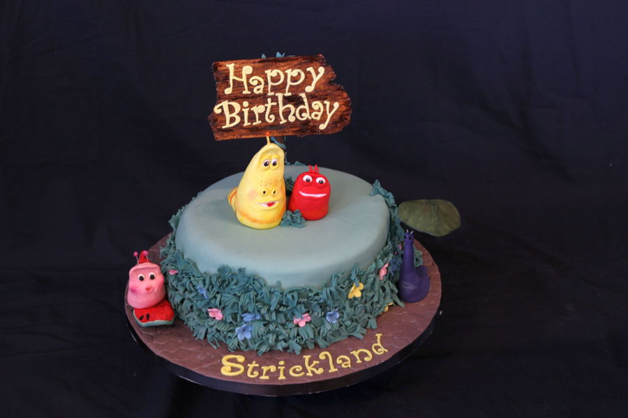 Larva Cartoon Cake Design : Larva Cartoon - CakeCentral.com
