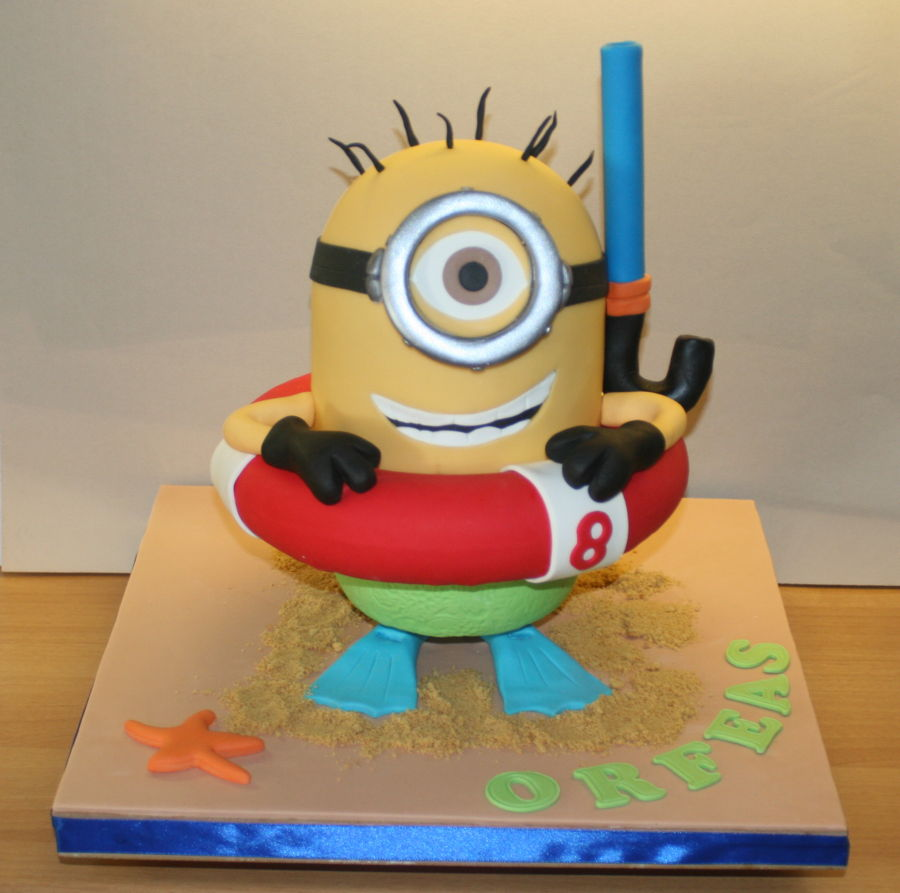 Minion At The Beach Cakecentral Com