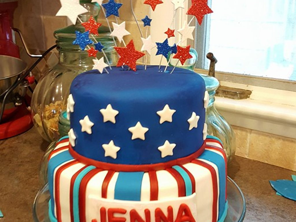 Red White And Blue Fondant Cake Cakecentral