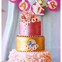 1St Birthday Cake !!   This is for my daughter's 1st b'day cake. It was flower fairy pink & gold theme.