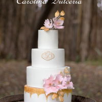 50Th Anniversary Wedding Cake I love this cake , simple and bright with flowers in pink and gold accents , especially for the occasion!