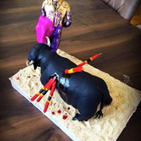 Bull Fighters Bull fighters with fondant