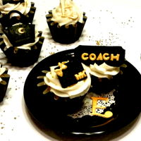 Fashion Diva Cupcakes Coach and Michael Kors cupcakes