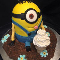Minion I had cake leftovers from my first cake of the week so what to do? Made this Minion cake as an extra for a cake competition/auction, Second...
