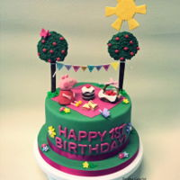 Peppa Pig Cake Peppa Pig Picnic Cake for the sister-in-law's daughter's 1st birthday :)