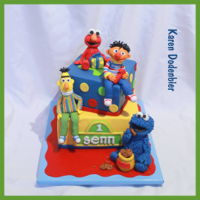 Sesame Street Cake   loved making this cake!