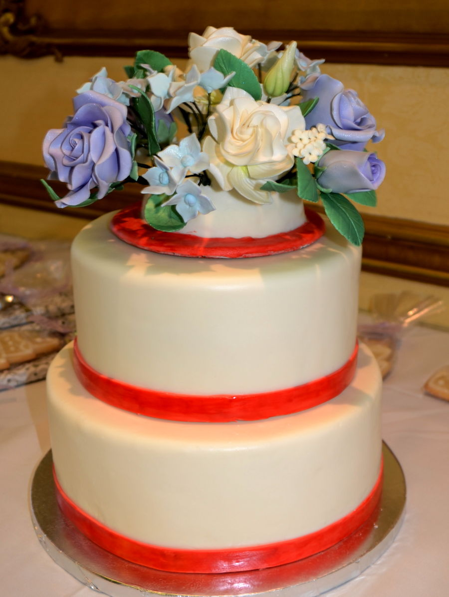 2 tier wedding cake gallery 2 tiered wedding cake cakecentral 10151