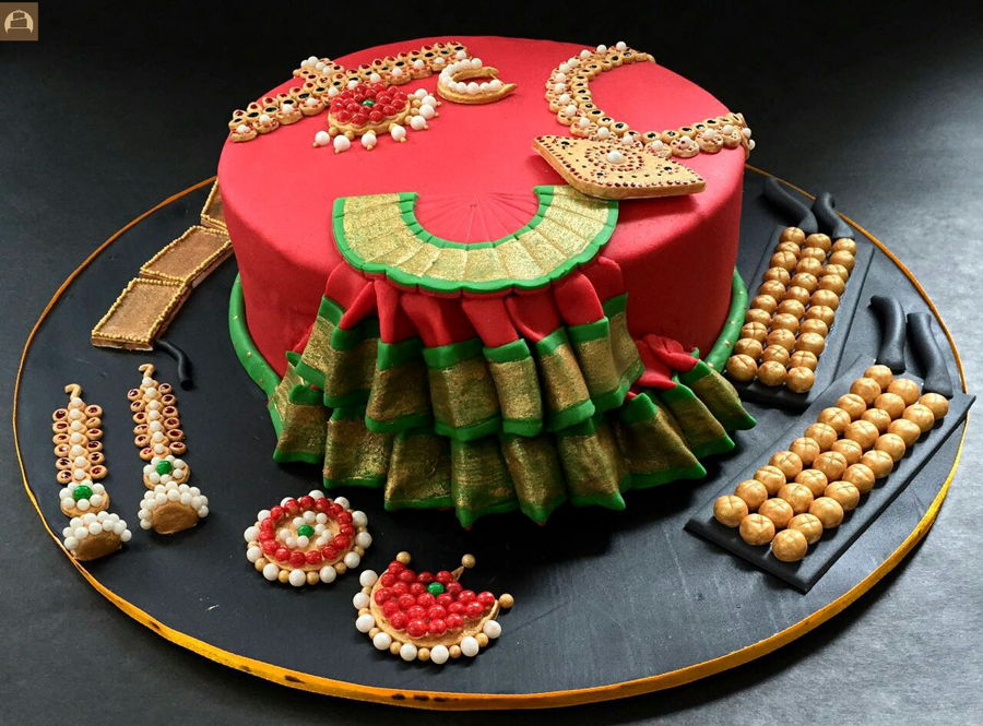 Bharatnatyam Costume And Temple Jewellery Cake ...