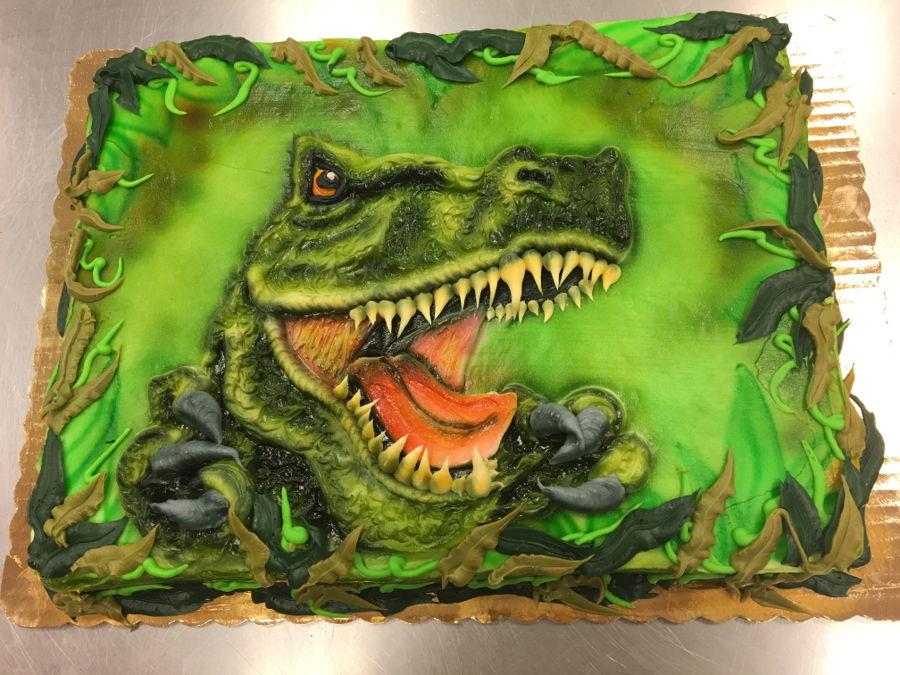 Buttercream Dinosaur 1 2 Sheet Cake Cakecentral Com