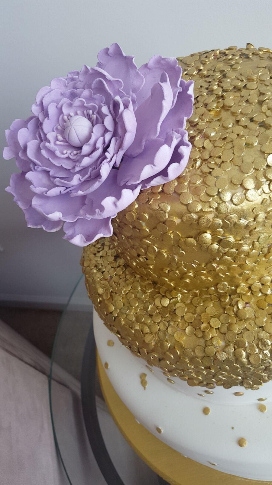 Gold Sequin Cake Decoration : Sequin Wedding Cake - CakeCentral.com