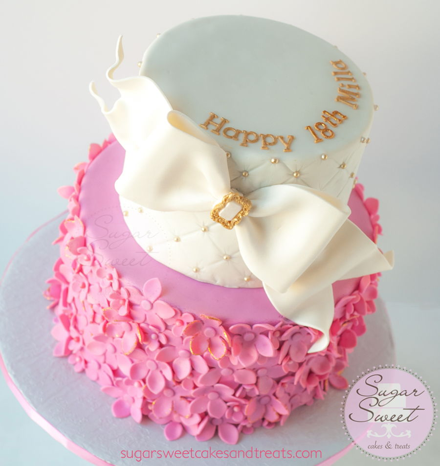 White Gold And Pink Flower Clusters Cakecentral
