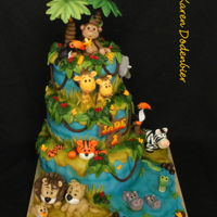 Deep In The Jungle.... Love making jungle cakes