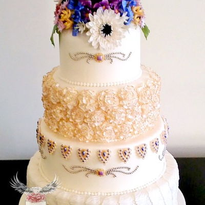 Vintage Jewelry Wedding Cake