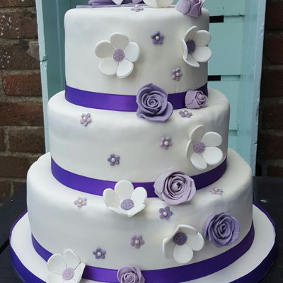 Weddingcake White Purple