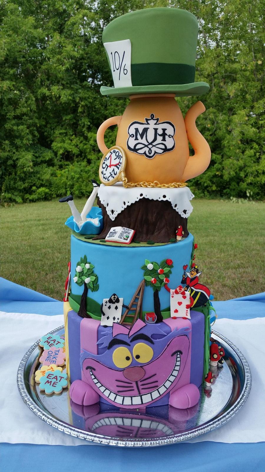 Alice In Wonderland Merry Un Birthday Cake
