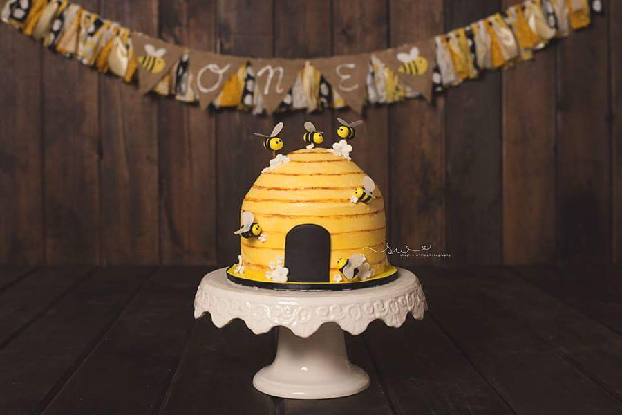 Beehive Smash Cake Cakecentral Com