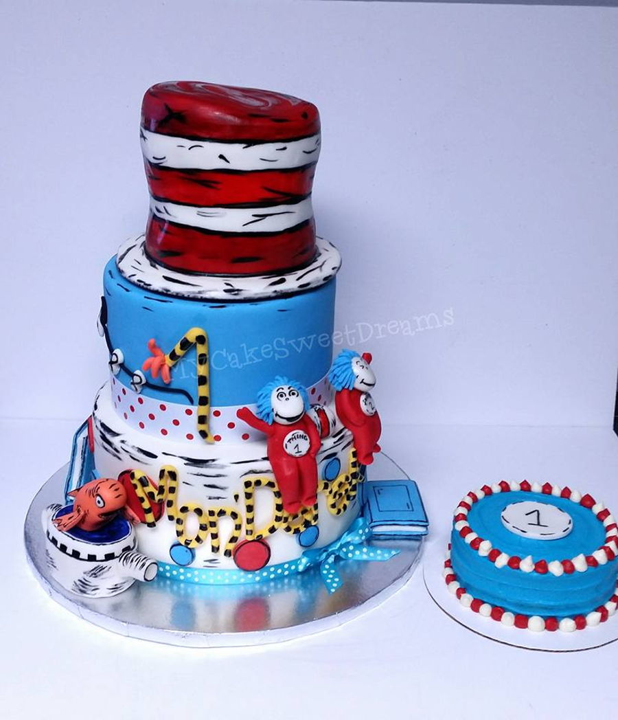 Pleasant Cat And The Hat 1St Birthday Smash Cake Cakecentral Com Personalised Birthday Cards Veneteletsinfo