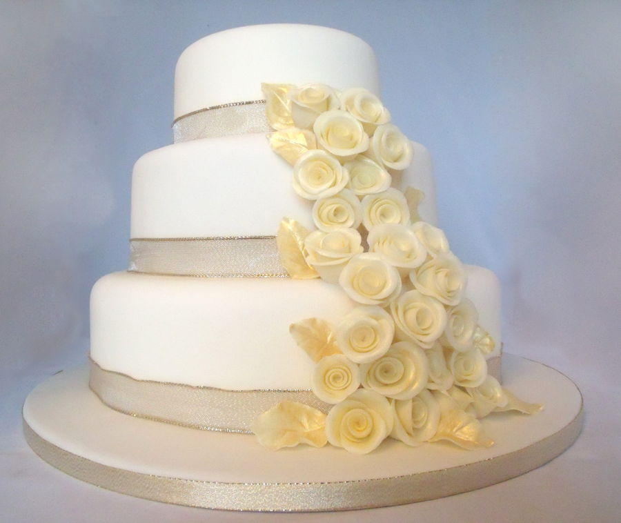 3tier wedding cakes champagne gold 3 tier wedding cake cakecentral 1109