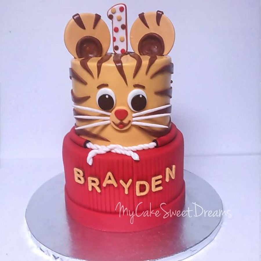 Brilliant Daniel Tiger 1St Birthday Cake Cakecentral Com Personalised Birthday Cards Paralily Jamesorg