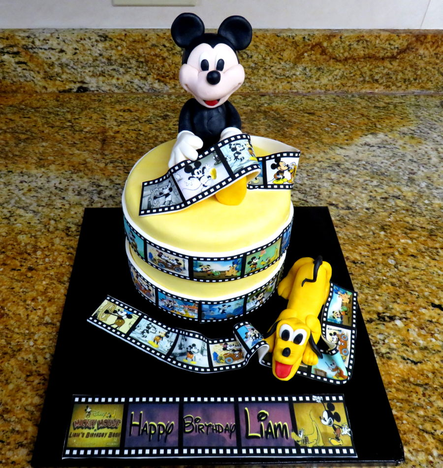 Enjoyable Mickey And Pluto Birthday Cake Cakecentral Com Funny Birthday Cards Online Amentibdeldamsfinfo