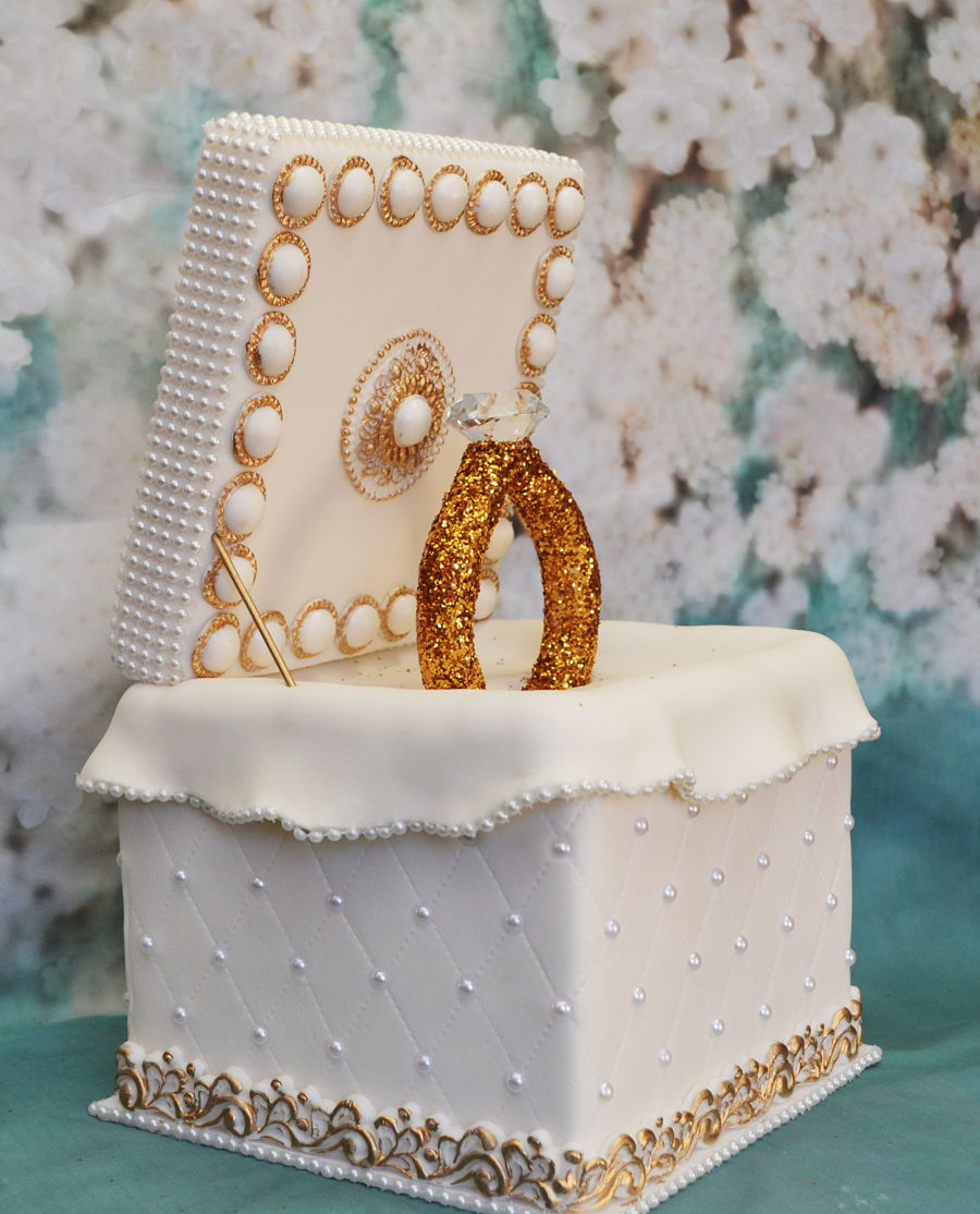 where can i buy pearl wedding cake vodka pearl gold ring cake box cakecentral 27134