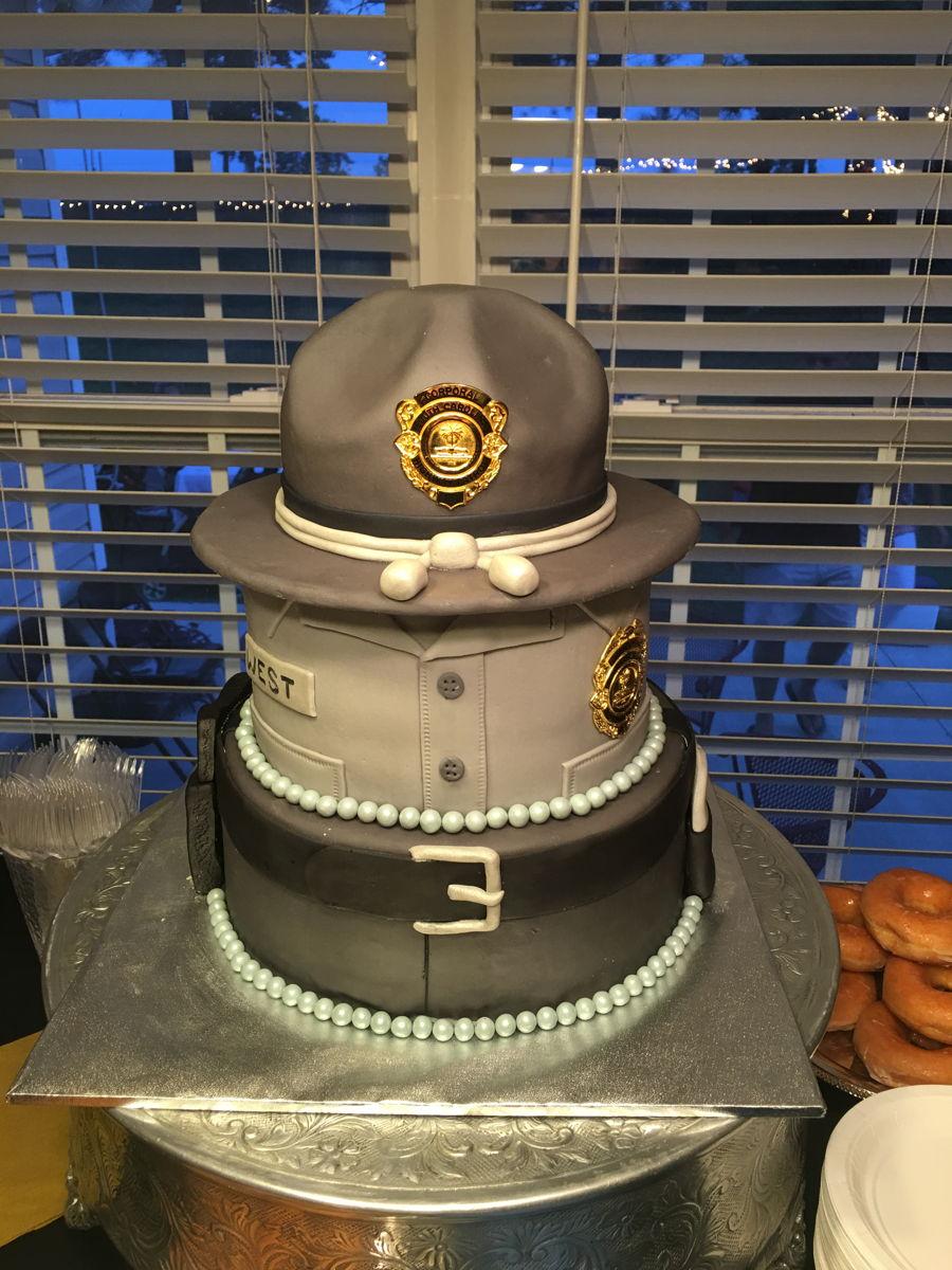 State Trooper Celebration Cake Cakecentral Com