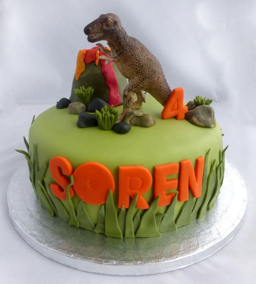 T Rex Dinosaur Cake Cakecentral Com