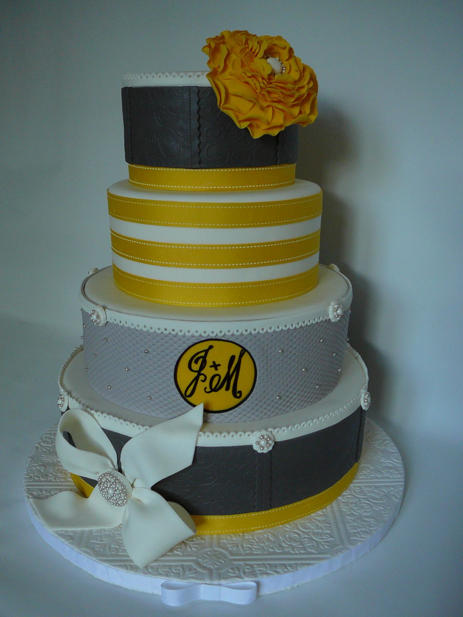 yellow and gray wedding cakes yellow gray wedding cake cakecentral 27686