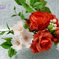 Free Formed Gum Paste Roses Spray  This sugar flowers bouquet was made for a wedding cake at 300km from home..I couldn´t belive that they´ll come such a...