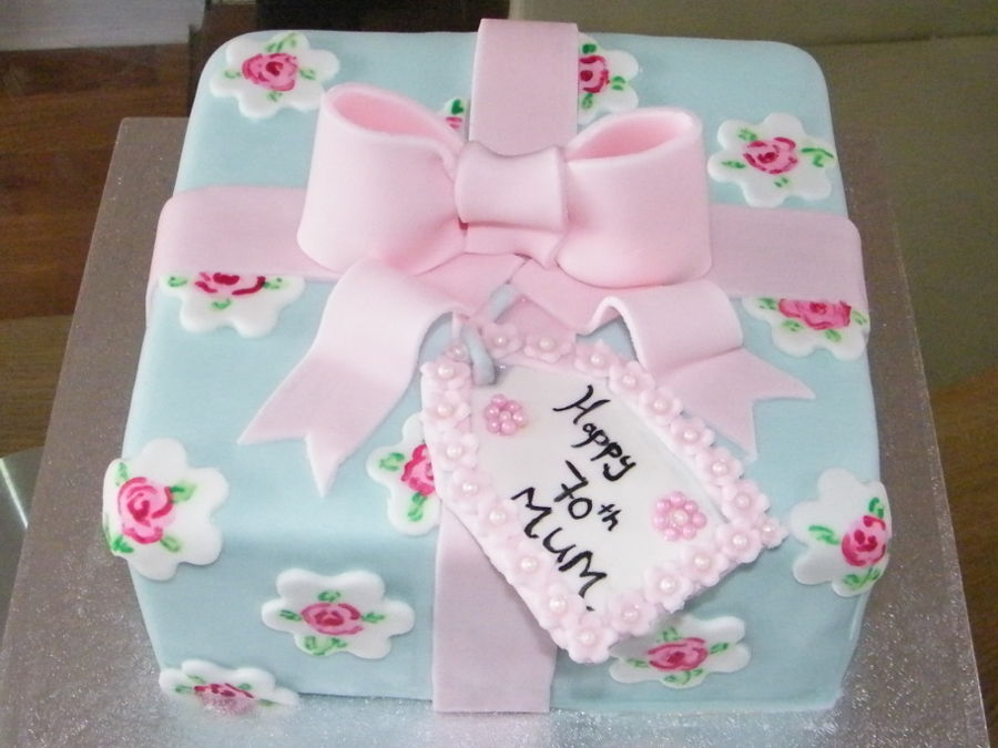Cath Kidston Inspired Present Cake On Central