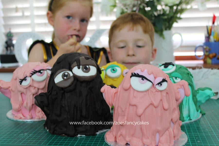 Halloween Cake Decorating With Kids! on Cake Central