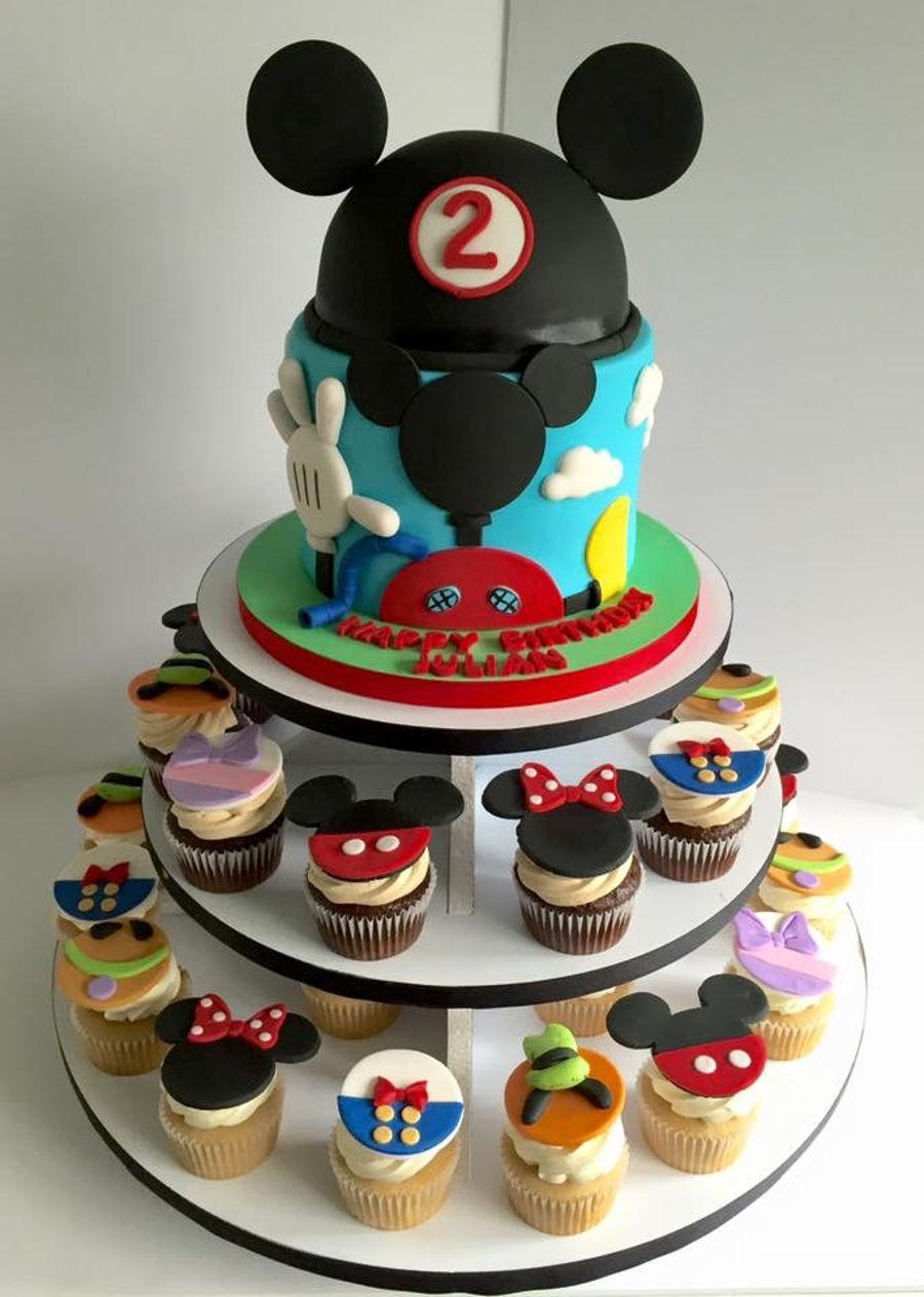 Mickey Mouse Club House Cupcake Cake