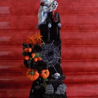 Forever Yours This Halloween wedding cake i have made for the Tickle My Bone collaboration. Hope you like what you see.Thank You.Khamphet xx