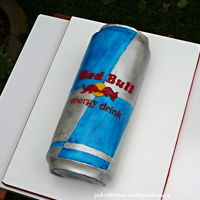 Red Bull Energy drink - the cake with vanila cream and white chocolate.