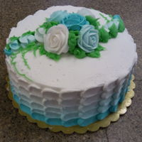 Teal Ombre Petal 1st attempt at a petal ombre. double layer white cakebuttercream icingteal ombreteal roses
