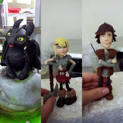 How To Train Your Dragon Toppers