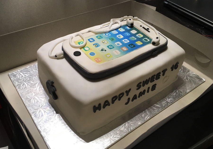 Edible Cake Images Iphone : Iphone 6 Cake - CakeCentral.com