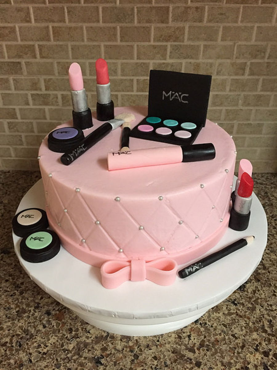 makeup birthday cake makeup birthday cake cakecentral 5660