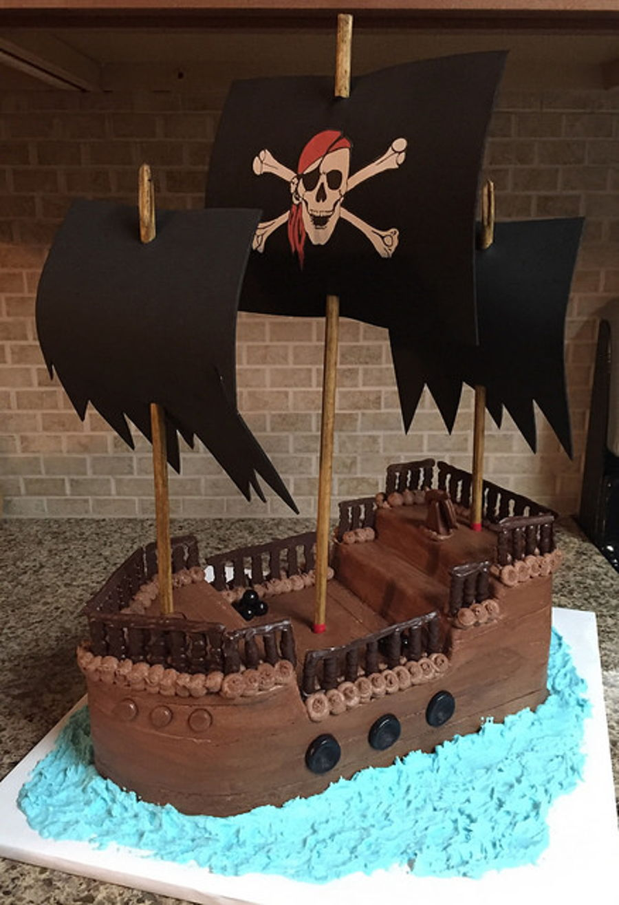 Magnificent Pirate Ship Birthday Cake Cakecentral Com Birthday Cards Printable Riciscafe Filternl