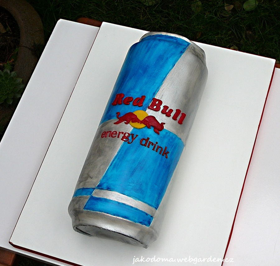 Red Bull on Cake Central