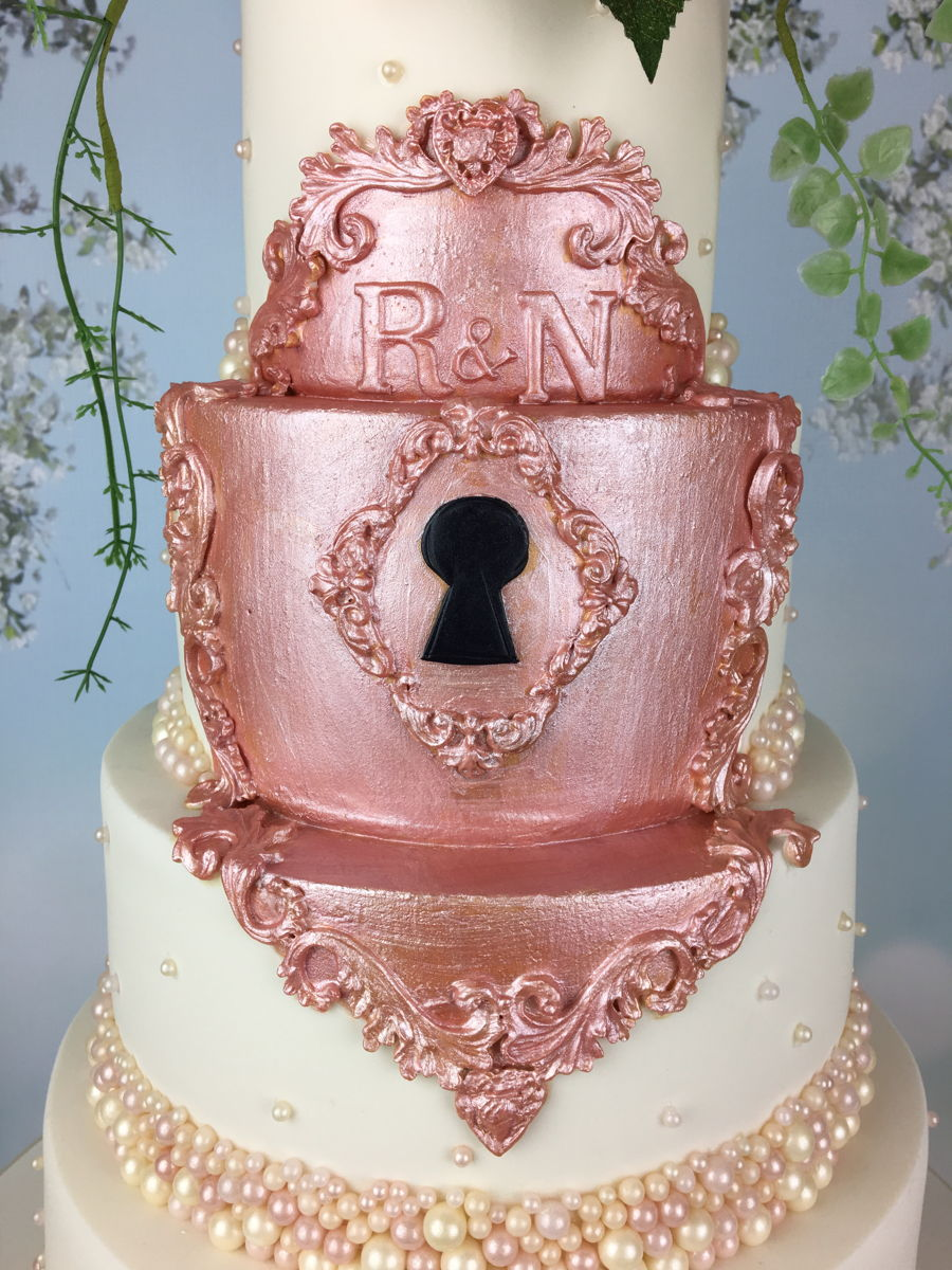 rose gold wedding cake gold gilded lock wedding cake cakecentral 7119