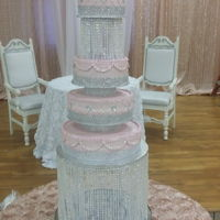 5 Tier Pink & Bling 5 tier 6, 8, 10, 13, and 16 pink, bling, and pearl